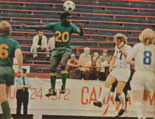 New York Cosmos 1972 Road Everald Cummings, Metros