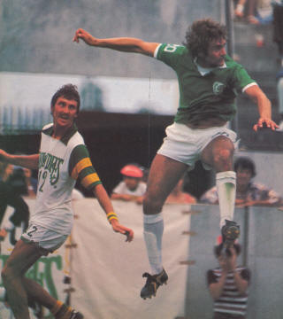 Tampa Bay Rowdies New York Cosmos 1977 Road No Num Mike Dillon, Derek Smethurst