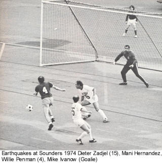 NASL Soccer San Jose Earthquakes Sounders 1974 Home Mani Hernandez