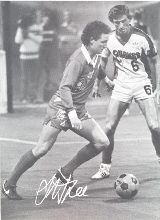 Earthquakes 82-83 Road Tony Powell