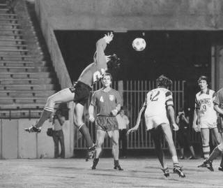 Rowdies 77 Goalie Back Arnie Mausser, Whitecaps