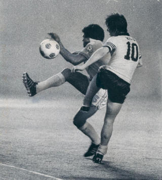 Chicago Sting 1975 Gordon Hill, Tornado, 6-25-1975.jpg