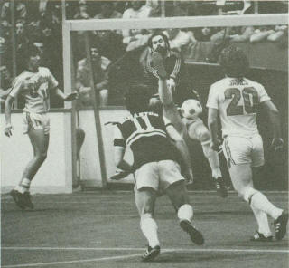 Sting 80-81 Indoor Road Back Mark Simanton, Drillers Bernie James