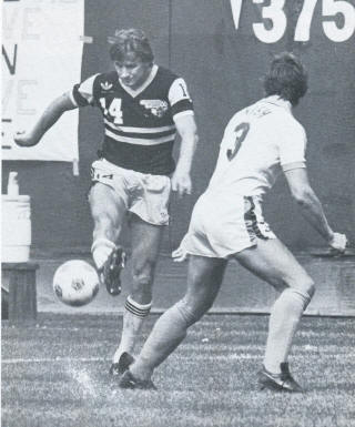 NASL Soccer Chicago Sting 81 Road Ingo Peter, Sounders David Nish