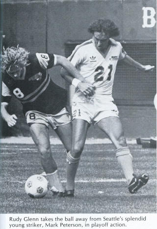 NASL Soccer Chicago Sting 81 Road Rudy Glenn, Sounders Mark Peterson
