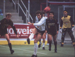 Sting 87-88 Home Manny Rojas, Strikers Alan Willey