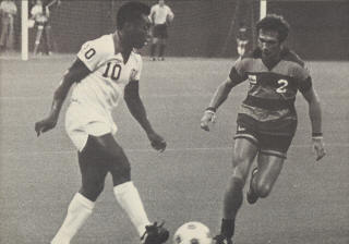 New York Cosmos Ft. Lauderdale Strikers 1977 Pele, Maurice Whittle 3.jpg