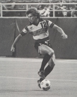 Minnesota Strikers 1984 Road Carl Strong 2