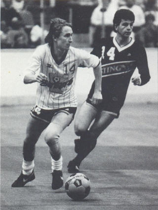 Strikers 85-86 Road Gary Etherington, Sting