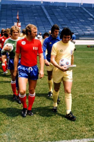 USA 76 Road Bobby Moore, Rigby, England Gerry Francis