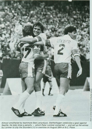 NASL Soccer Vancouver Whitecaps 83 Home Back Lowther, Steffenhagen, Sounders 8-28-83