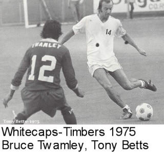 NASL Soccer Vancouver Whitecaps 75 road back bruce twamley Timbers Tony Betts
